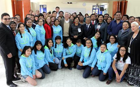 mujeres-en-ciencia-escolares-peru-2016